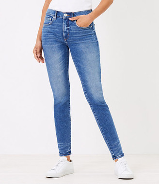 LOFT Skinny Jeans in Authentic Mid Vintage Wash