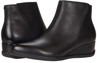 Dansko Serenity (Black Waterproof) Women's Shoes
