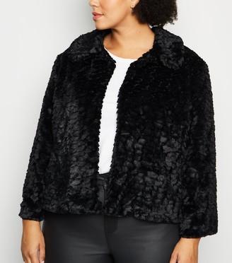 New Look Mela Curves Faux Fur Coat