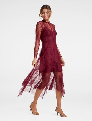 Ever New Arya Chantilly Lace Midi Dress