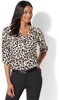 New York & Co. Soho Soft Shirt - Popover - Leopard Print