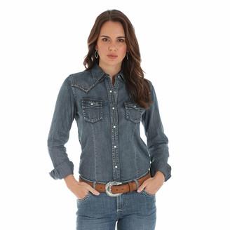 Wrangler Women's Retro Long Sleeve Western Fashion Shirt