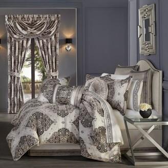 J Queen New York Vera 4-Piece King Comforter Set in Silver