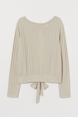 H&M Creped Tie-hem Top
