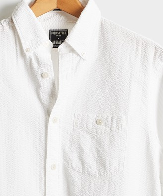 Todd Snyder Italian Seersucker Long Sleeve Shirt in White