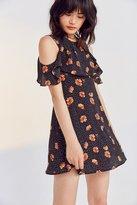 Kimchi & Blue Kimchi Blue Lynn Empire Waist Ruffle Sleeve Dress