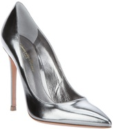 Pointed pump