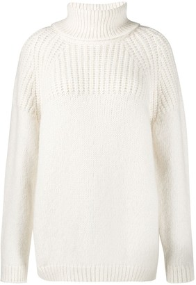 Closed turtle neck knit jumper