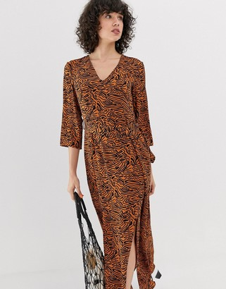 Vero Moda Abstract Animal Maxi Dress