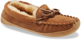 L.L. Bean Wicked Good Genuine Shearling Slipper