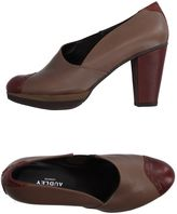 Audley Pumps