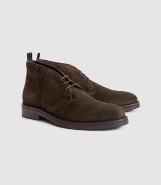 Reiss Elgin - Suede Chukka Boots in Dark Brown