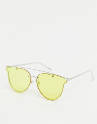 Jeepers Peepers aviator sunglasses with yellow lens