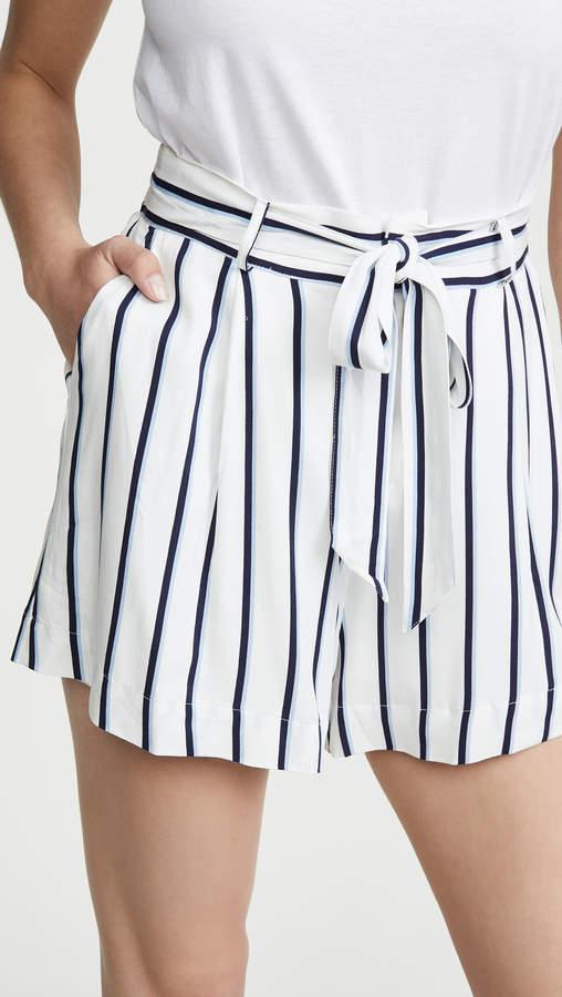 BB Dakota Stripe Right Shorts
