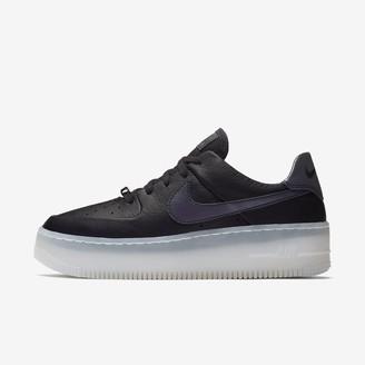 Nike Women's Shoe Force 1 Sage Low LX