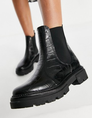 Schuh Arlo chelsea boots in black croc embossed leather