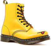 Dr. Martens The Smiley 8-Eye Boot