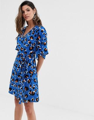 Liquorish kimono sleeve mini dress in blue leopard