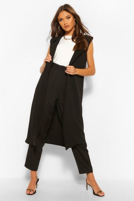 boohoo Sleeveless Shoulder Pad Duster