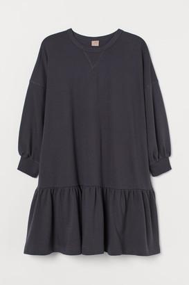 H&M H&M+ Sweatshirt dress