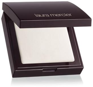 Laura Mercier Secret Blurring Pressed Powder
