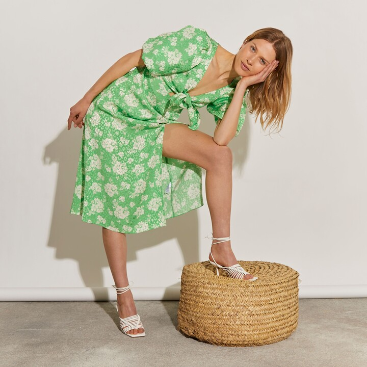 Thumbnail for your product : River Island Womens Green floral tie front midi dress