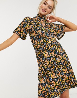 New Look keyhole mini dress in floral
