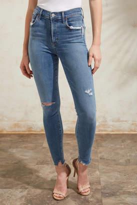 A Gold E Agolde AGOLDE Sophie Skinny Ankle Jean in Pentacle Light Denim 25