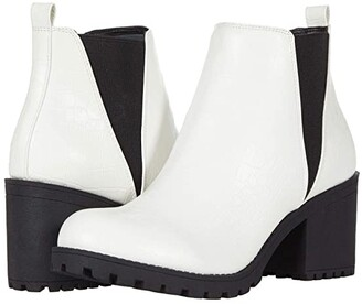 Chinese Laundry Lisbon (White Croco) Women's Pull-on Boots