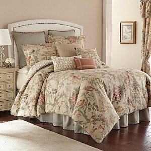 Rose Tree Biccari 4-Piece Comforter Set, Queen
