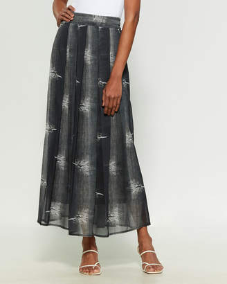 Save the Queen Distressed Denim Print Pleated Maxi Skirt