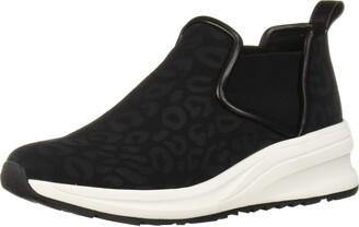 Taryn Rose Women's ZONNIE Sneaker Black 9 M Medium US