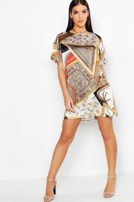 boohoo Satin Chain Print Woven Shift Dress