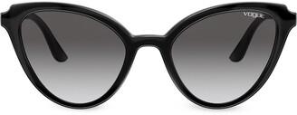 Cat Eye Mod Cut cat-eye frame sunglasses