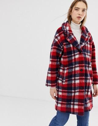 Minimum check coat