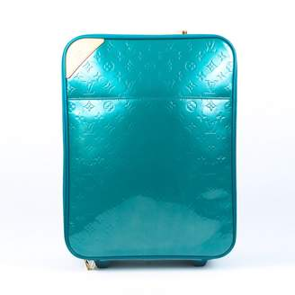 Louis Vuitton Pegase Blue Patent leather Travel bags