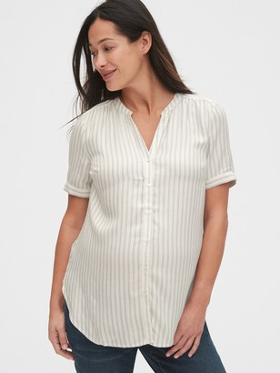 Gap Maternity Button-Down Shirt