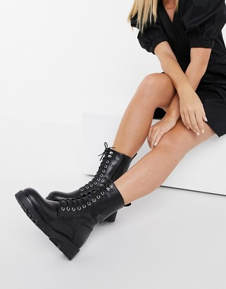 Vagabond Kenova leather lace-up chunky flat ankle boots with warm lining in black