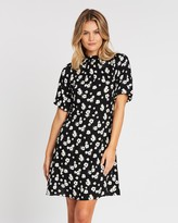 Dorothy Perkins Floral Balloon Sleeve Fit-and-Flare Dress