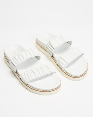 Atmos & Here Atmos&Here - Women's White Flat Sandals - Midform Leather Ruched Slides - Size 7 at The Iconic