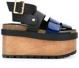 Sacai patent flatform sandals - women - Leather/Patent Leather/rubber - 36
