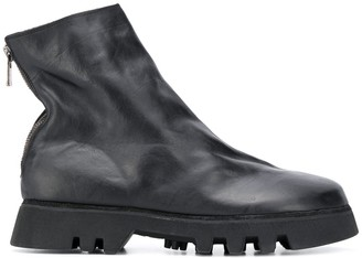 Guidi Rear-Zip Ankle Boots
