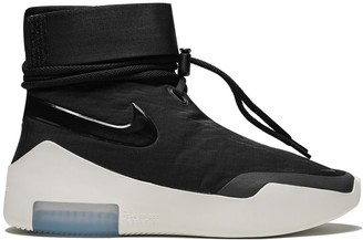 Nike Air 'Fear of God' Shoot Around sneakers