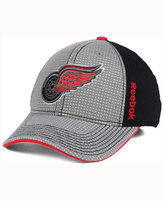 Reebok Detroit Red Wings Travel and Training Flex Cap