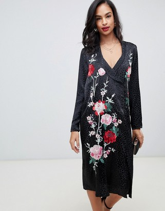 Asos Design DESIGN embroidered jacquard midi dress with long sleeves and collar-Black