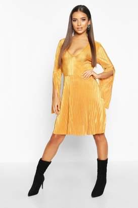 boohoo Plisse Pleated V Neck Frill Hem Skater Dress