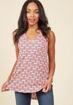 ModCloth Infinite Options Tank Top in Hearts in M