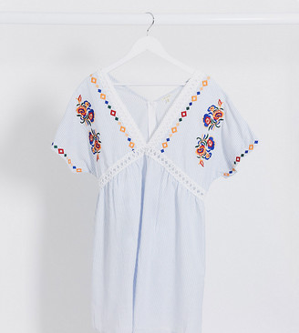 En Crème Plus En Creme plus smock dress with ladder inserts and floral embroidery