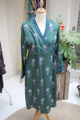 Zen Ethic - Green Angele Nelina Dress - small | rayon - Emerald green