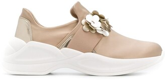 Tosca Flower Applique Sneakers
